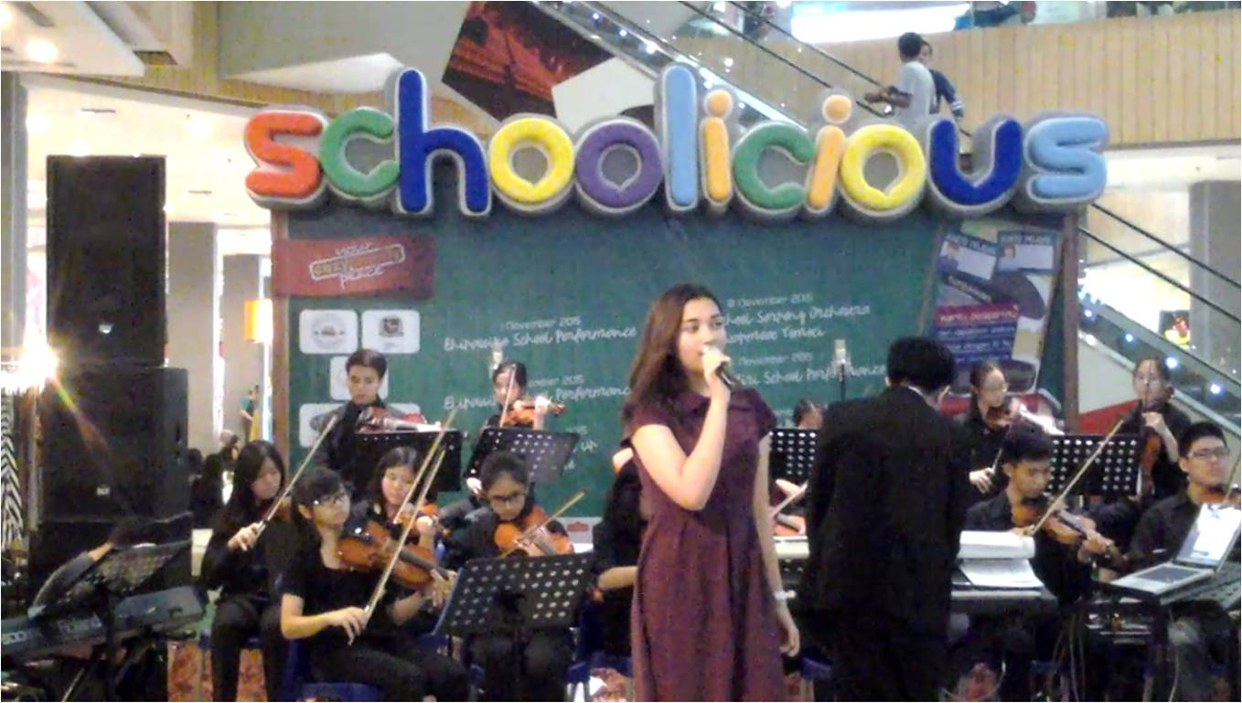 Singing Performance by Athala BINUS SCHOOL Serpong at Teras Kota Mall